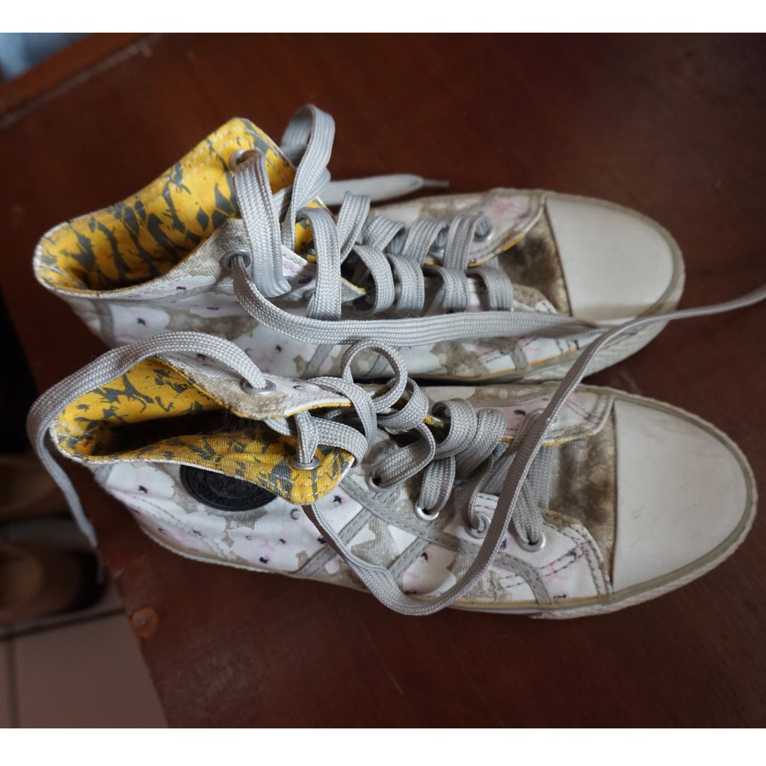 North Star Shoes Motif Floral Size 37