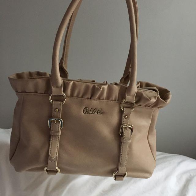 Oohlala Ooh La La Designer Brand Handbag Bag Shoulder Bag Medium Sized Tan Beige Colour With Fringe Detail