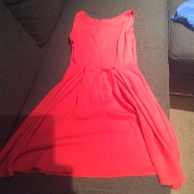 Review Pretty Dress