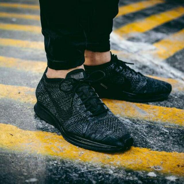 Sepatu Nike Flyknit Racer Triple Black Outfit Quality Premium ba7a00cd88