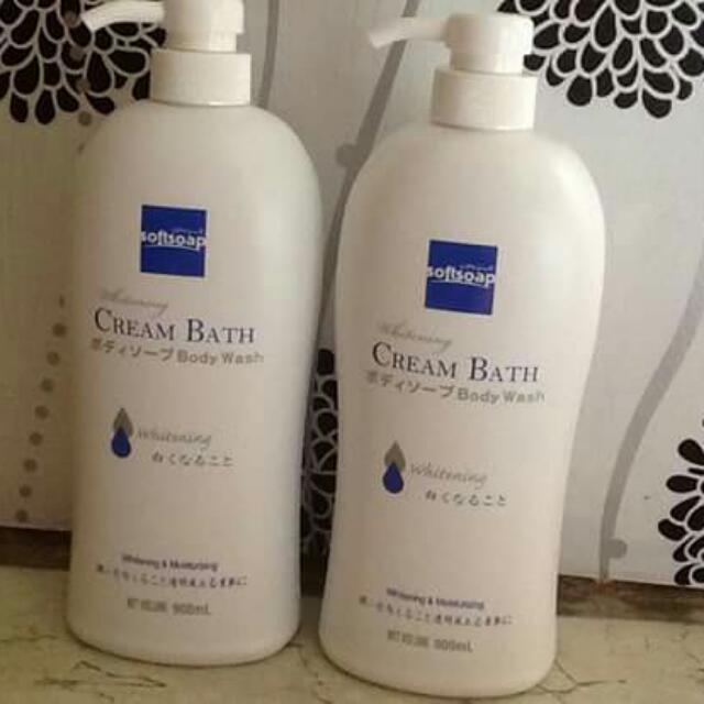 SoftSoap Cream Bath Body Wash