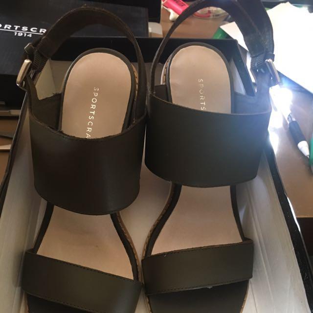 Sportscraft Size 40 Heels