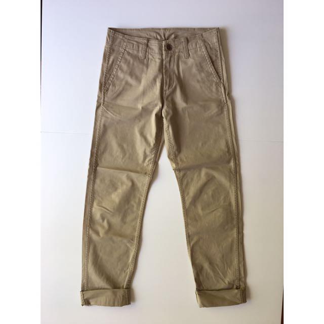 Uniqlo Regular Fit Chino Pants XS