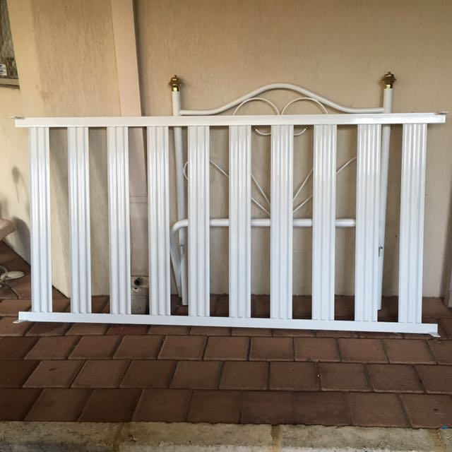 White Gloss Single Bed