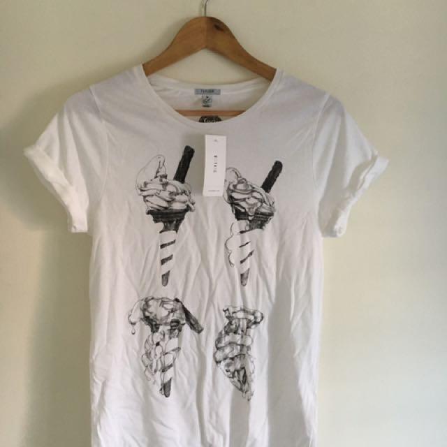 White, Graphic T-shirt