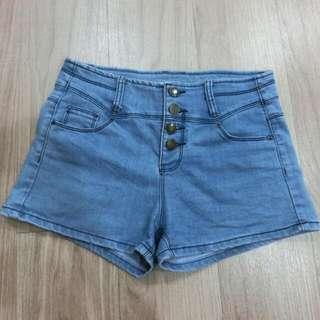 牛仔短褲#兩百元短褲
