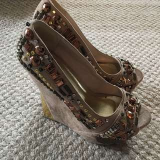 ZIGI Studded/Suede Wedges (Size 7.5)