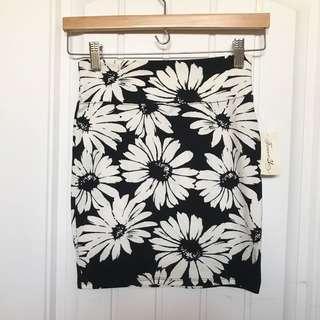 F21 Black & White Floral Skirt