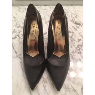 US 8.5 Authentic Ted Baker Shoes