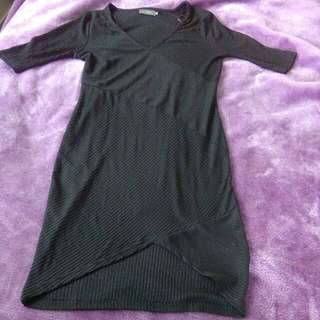 Black Dress Size L
