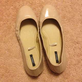 Forever21 Flats In Nude Size 9