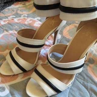 Kardashian Kollection Heels