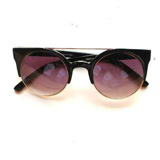 Kacamata fashion H&M look alike