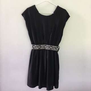 Trendy Black Dress With Sequin/Beads Belt From 🇯🇵