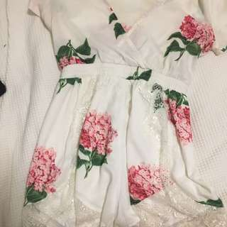 Xenia Boutique Pink Flowers Playsuit