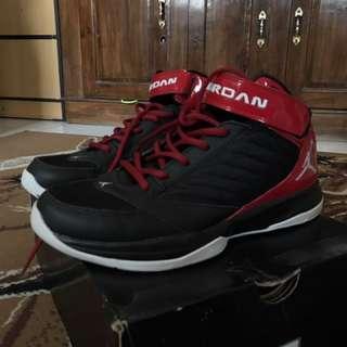 Air Jordan BCT MID 3 size 41/26cm