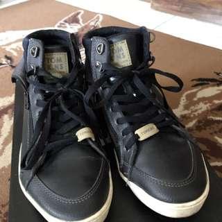 Tomkins 86 Size 40/25,6 Cm