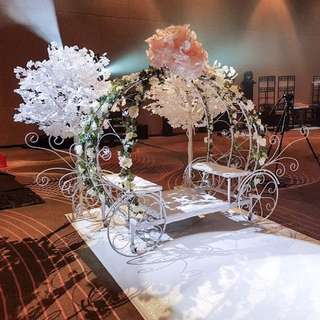 FOR RENT: CINDERELLA CARRIAGE
