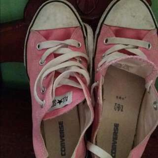 2nd Hand Original Pink Converse Shoes