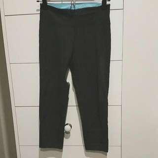 3/4 Length Grey Gym Leggings