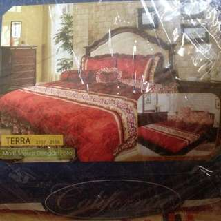 Bed Cover Set California