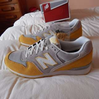 New Balance 996 Summer Blossum shoes, womens size 10 US, brand new in box