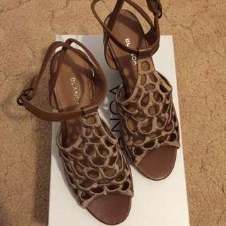 Blanca Womens Heels