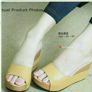 Wedges Belluci 2 Warna HITAM & TAN