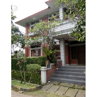 Rumah Arcamanik Bandung Lux Mewah Asri Nyaman Besar Dijual Cepat