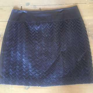Size 10 Nicola Finetti Skirt Navy/grey