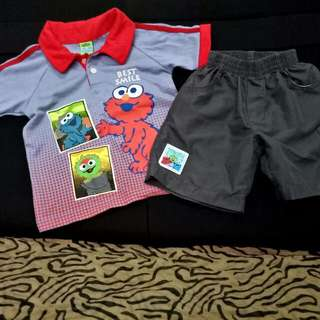 Elmo T-shirt w/ Collar & Shorts