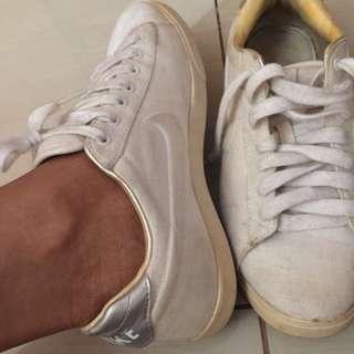 Nike Sneakers White Size7
