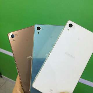 Sony Xperia Z3 D6653 4G LTE - Mulus Like New