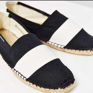 現貨出清✨Soludos 黑白寬條紋草編鞋