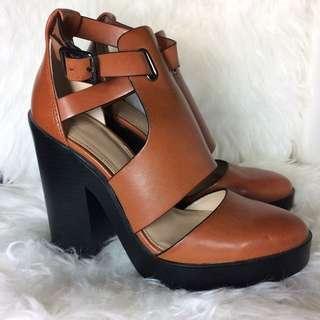 ZARA Trafaluc Platform Tan Chunky Heels - Size 7.5 (38)