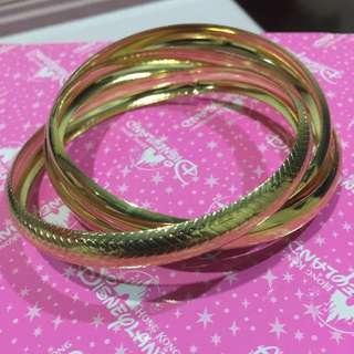 Gold Textured Bangle