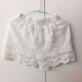 白色蕾絲短褲#兩百元短褲