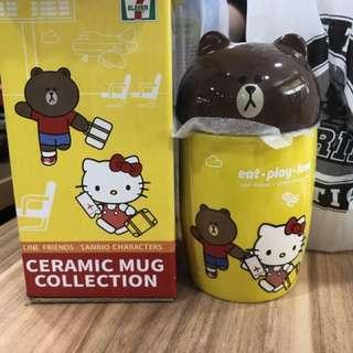 7-11 Line Brown Mug