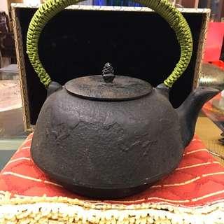 日本早期大型鑄鐵壺