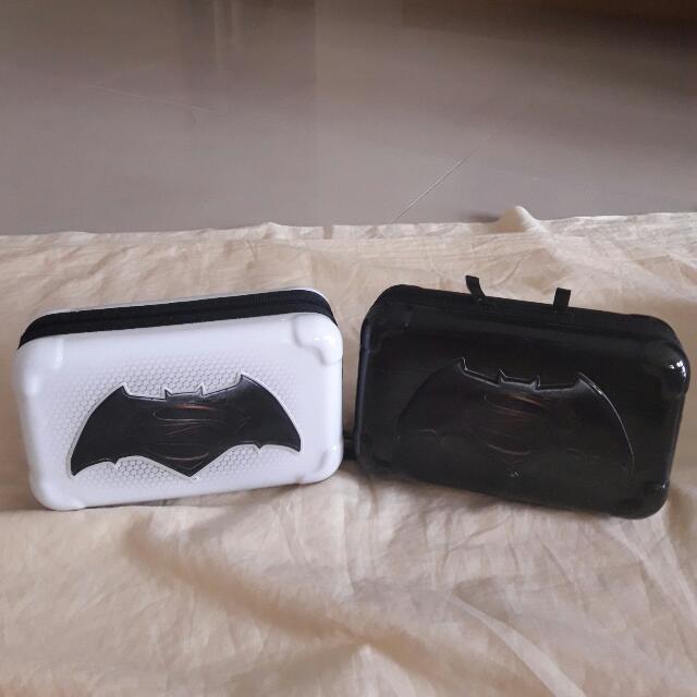 旅行過夜硬殼包(蝙蝠俠,黑,白)2個