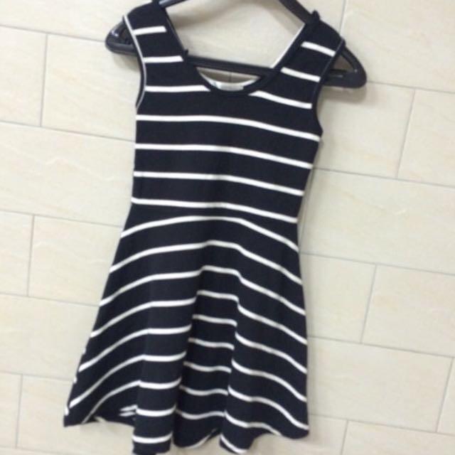 韓貨 氣質黑白條紋小洋裝 百搭 #一百元上衣