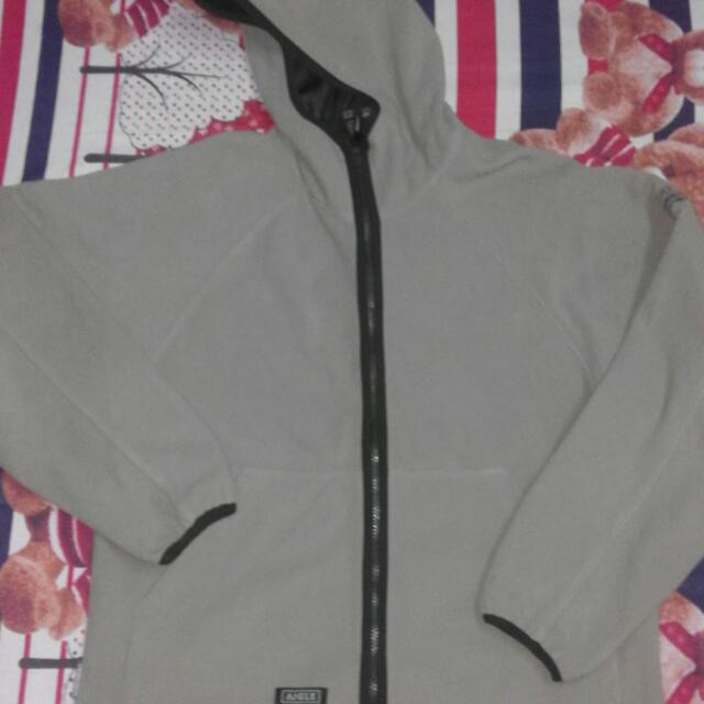 AIGLE FLEECE JACKET (GORE WIND STOPPER)