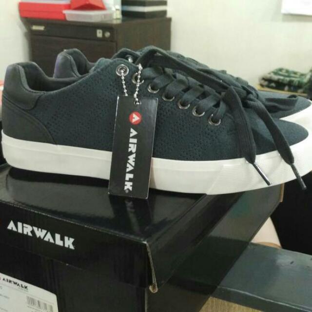 Airwalk Charcoal Gray