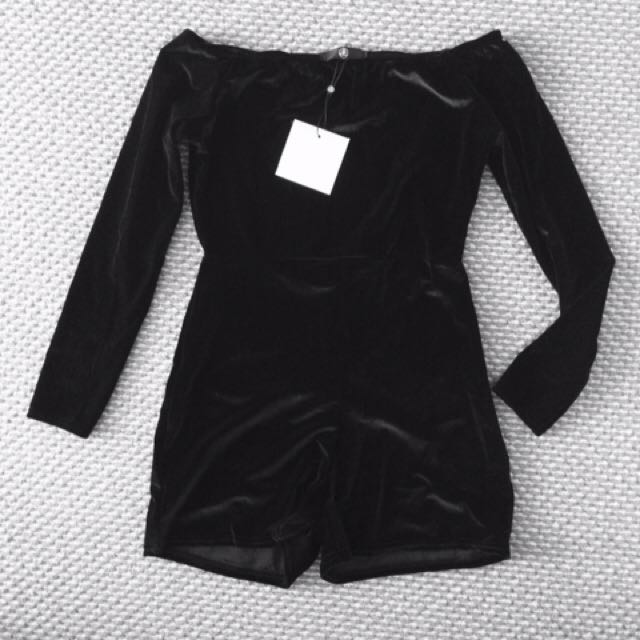 ALL NEW MISSGUIDED Black Long Sleeved Romper