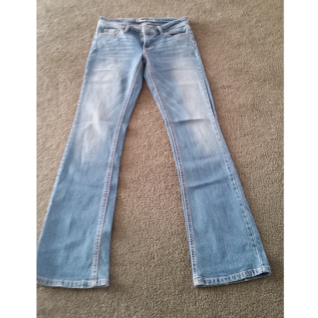 Aropostal jeans size US 2 fits 8-10