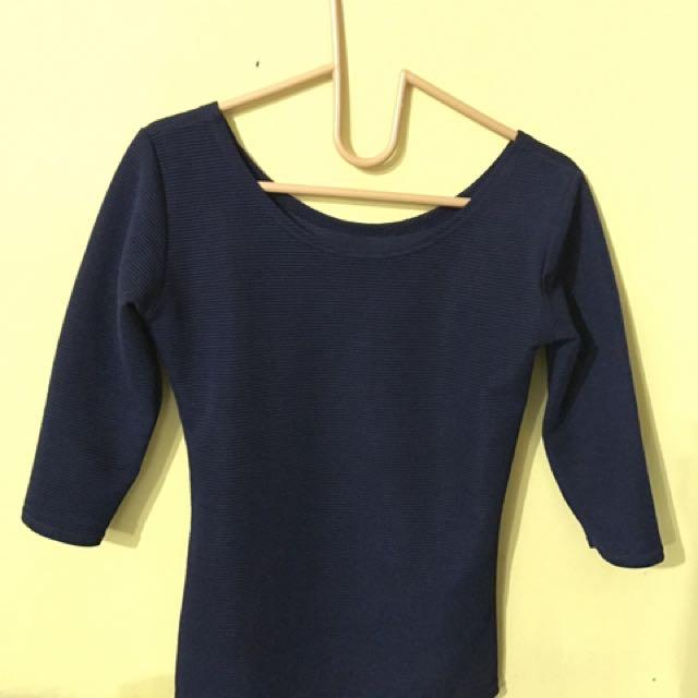 baju biru donker