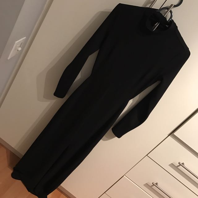 S NWT Maxi Dress With Open Back Size S