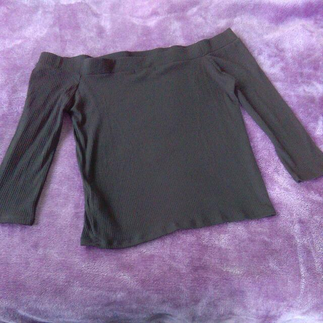 Black Top Size L Cotton On