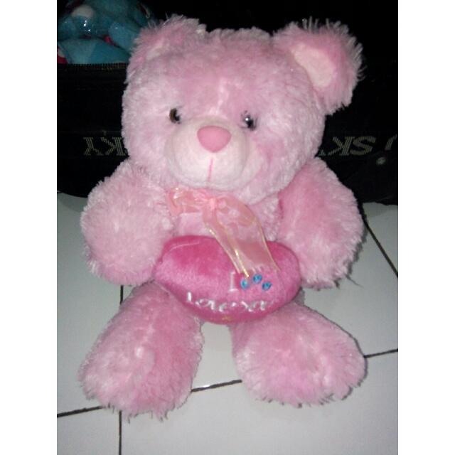Boneka lucu pink