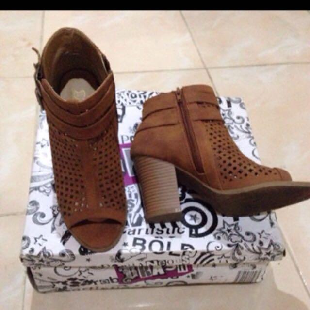Boots Heels Brash